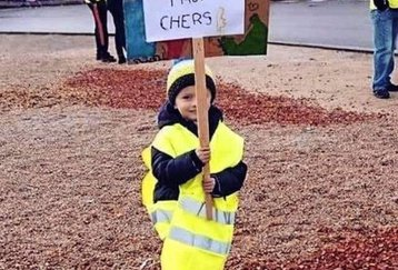 "GİLETSJAUNES"" (YELLOW VESTS)"